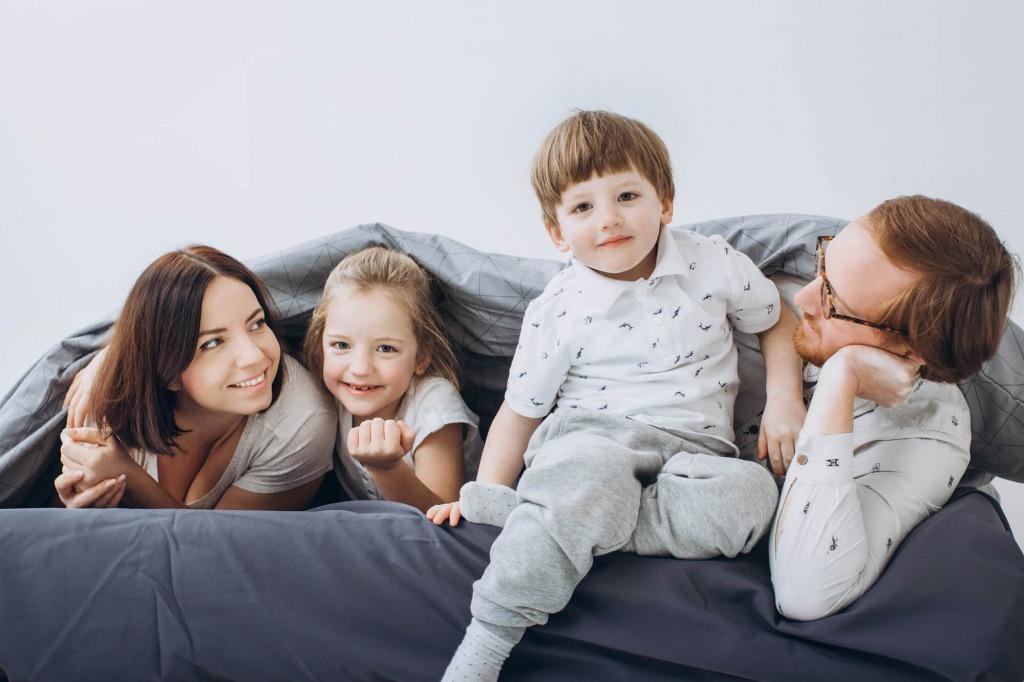 indoor fun family activities